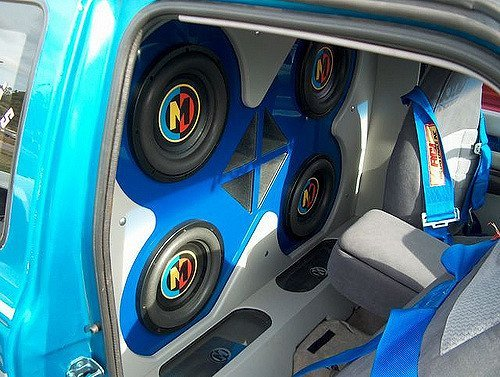 4 10 inch subwoofers